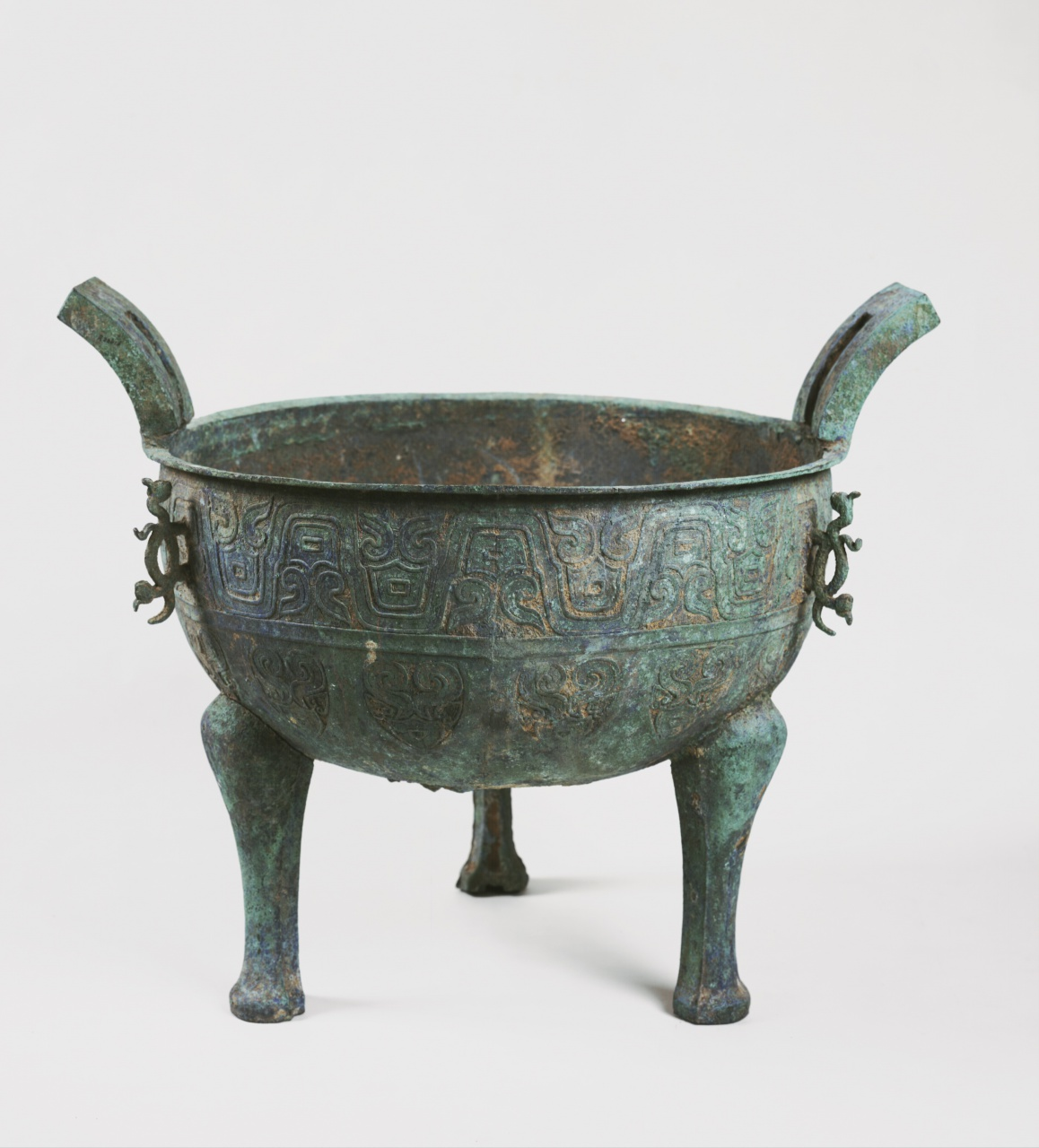 Ting Cauldron with Wave Band Pattern